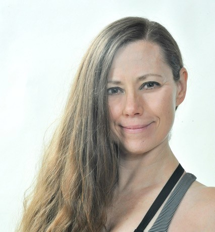 Claudia Sandfoss Extraraum Hamburg Yoga mit Baby